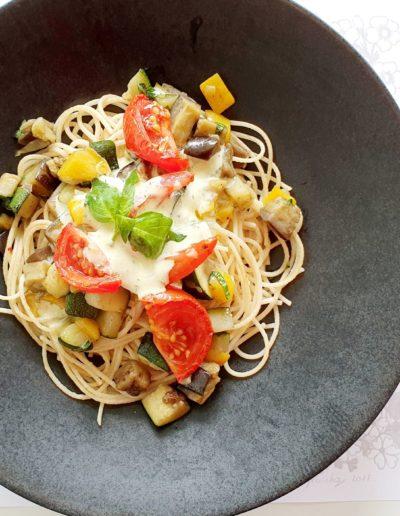 Les légumes d'été et le Basilic